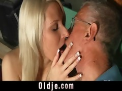 oldman blessed with a young pussy for fuck