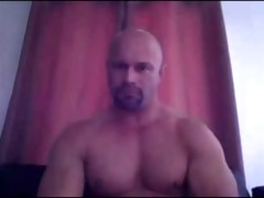 str8 daddy shows off that muscular bod and cock