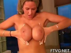 slut masturbating well