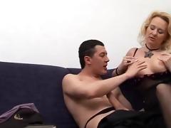 blonde mother - italian