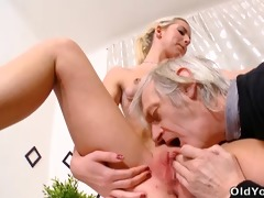 nelya gets her scones licked and sucked by her